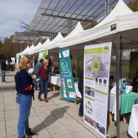 La FAU participó en una jornada por el Día Mundial del Reciclaje