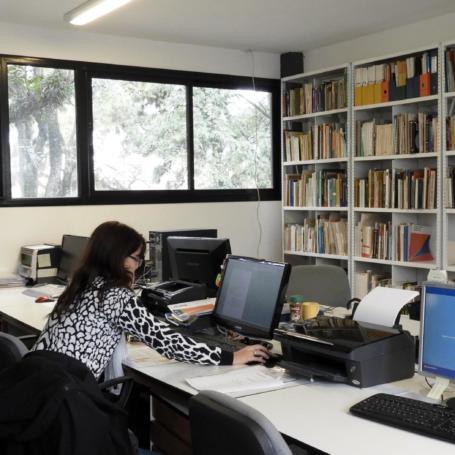 Prórroga en la convocatoria para Programa de Becas Internas de Entrenamiento en Investigación FAU