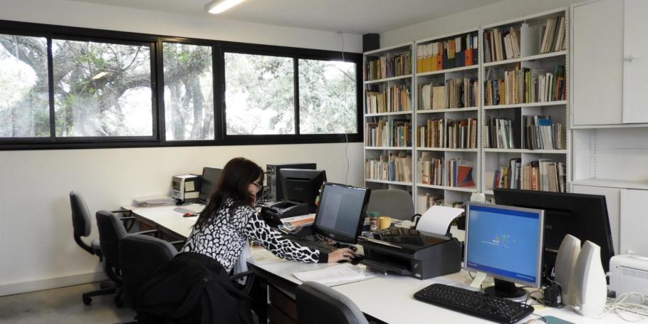 Abrió el Programa de Becas Internas de Entrenamiento en Investigación FAU